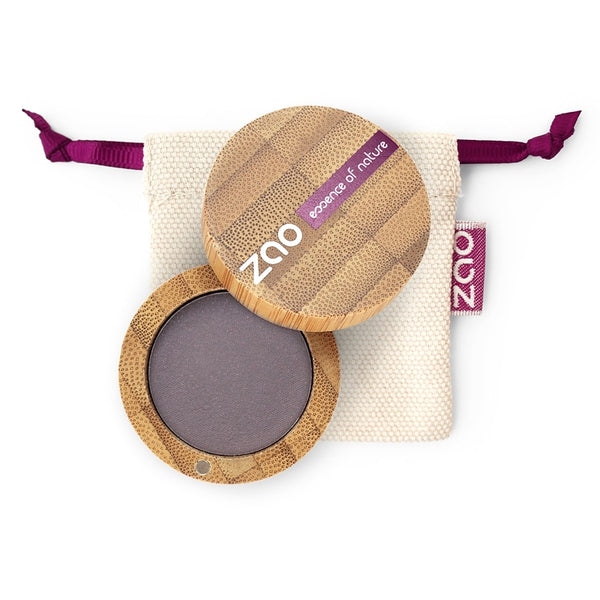 Matt Eyeshadow von Zao in Dark Purple im Bambus Case
