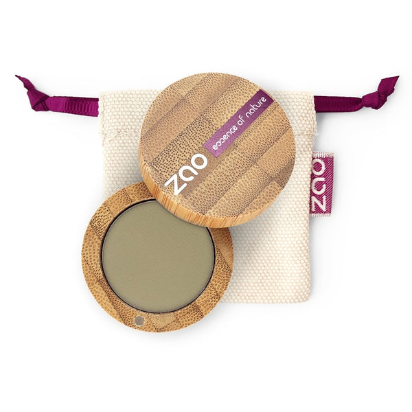Matt Eyeshadow von Zao in Olive Green im Bambus Case
