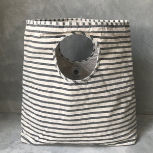 Mysayang Bali beachwear Pasar oversized bag in Stripes
