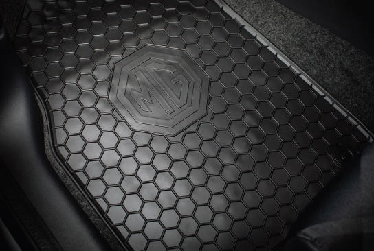 MG ZS Rubber Mat Set RHD MT