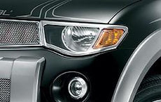 Mitsubishi L200 (S4) Headlamp Bezels, Chrome