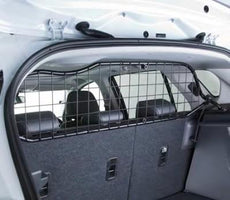 Suzuki SX4 S-Cross Partition Grille/Dog Guard