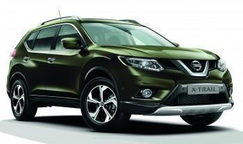 Nissan X-Trail (T32) Crossover Pack - vehicle with rear parking sensors