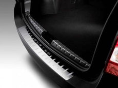 Dacia Duster Trunk Entry Guard 2012-