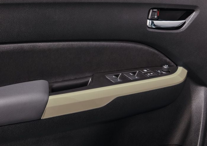 Suzuki Vitara Interior Coloured Door Trim Set, Savannah Ivory