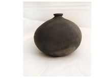 Load image into Gallery viewer, Earthenware Bud Vase