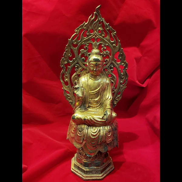 An Ancient Chinese Buddha Statue: Gilt Bronze Buddha Statue From Tang Dynasty