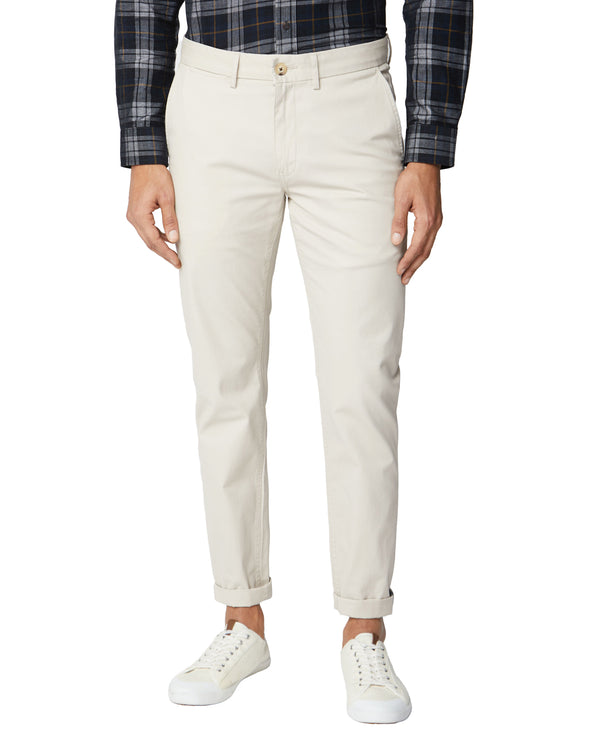 Signature Slim Stretch Chino Pant - Putty