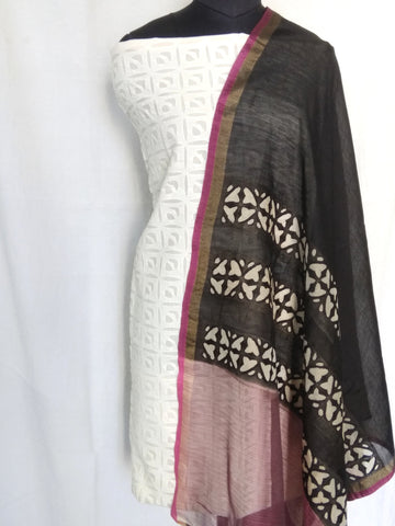 Chanderi Cotton Dupatta with Applique Work