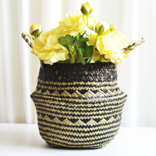 Foldable Handmade Folding Wicker Grass Weaving Chrysanthemum Black Plaids Pattern Storage Basket for Storing Cosmetics, Dirty Cl
