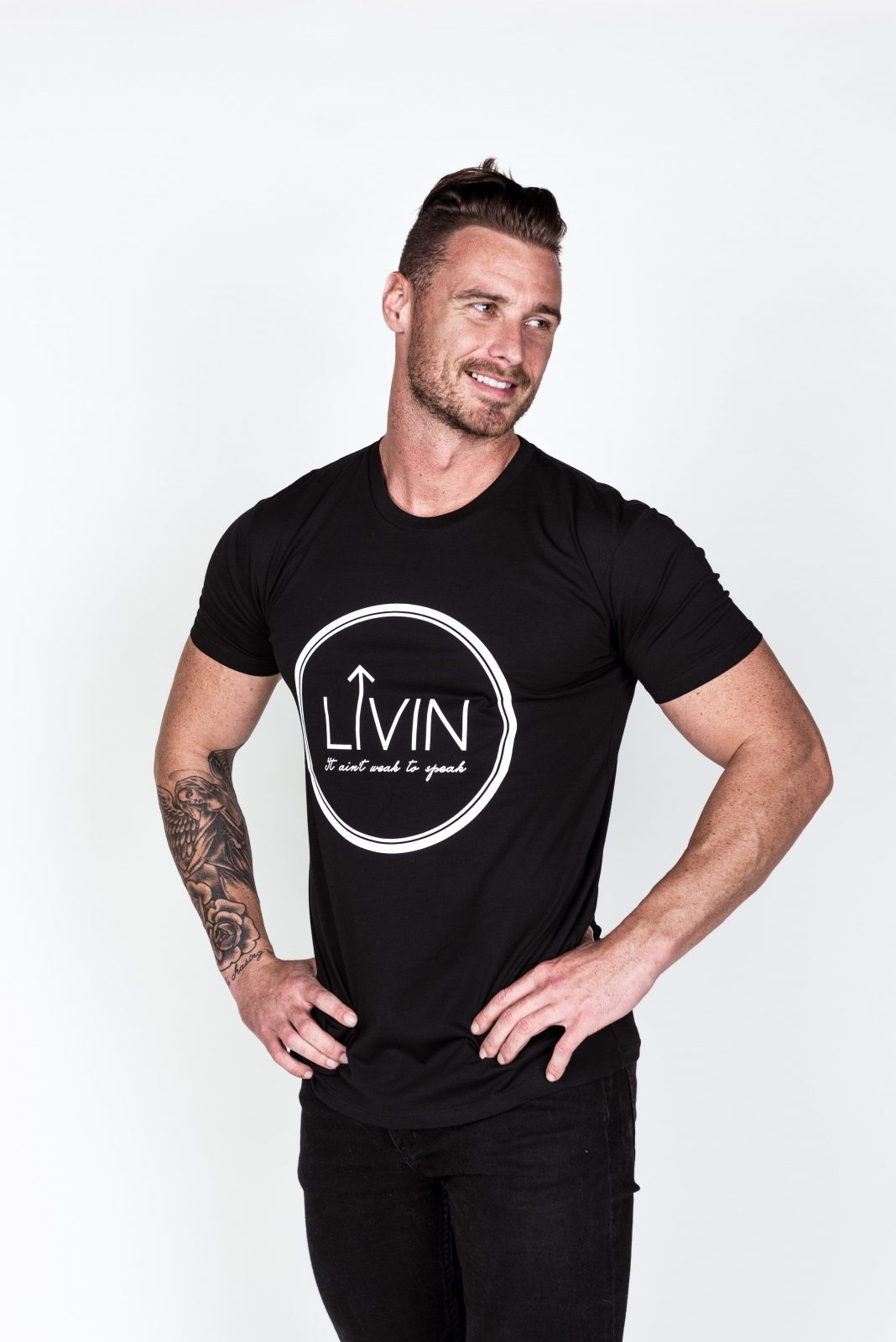 Halo Tee Black by LIVIN