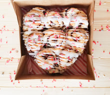 Load image into Gallery viewer, Cinnaheart Valentine's Day Box