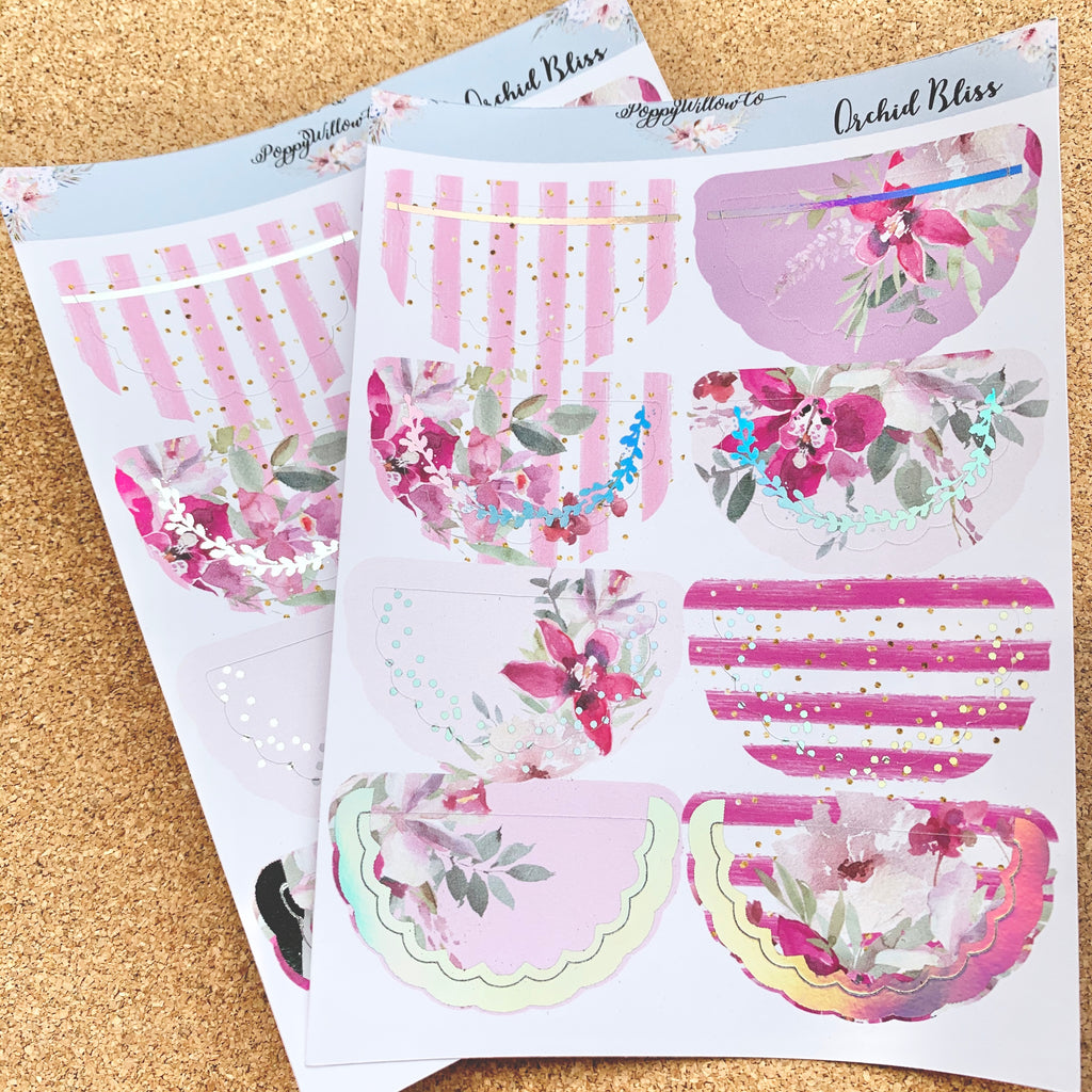 Orchid Bliss Foiled Scallop Doilies