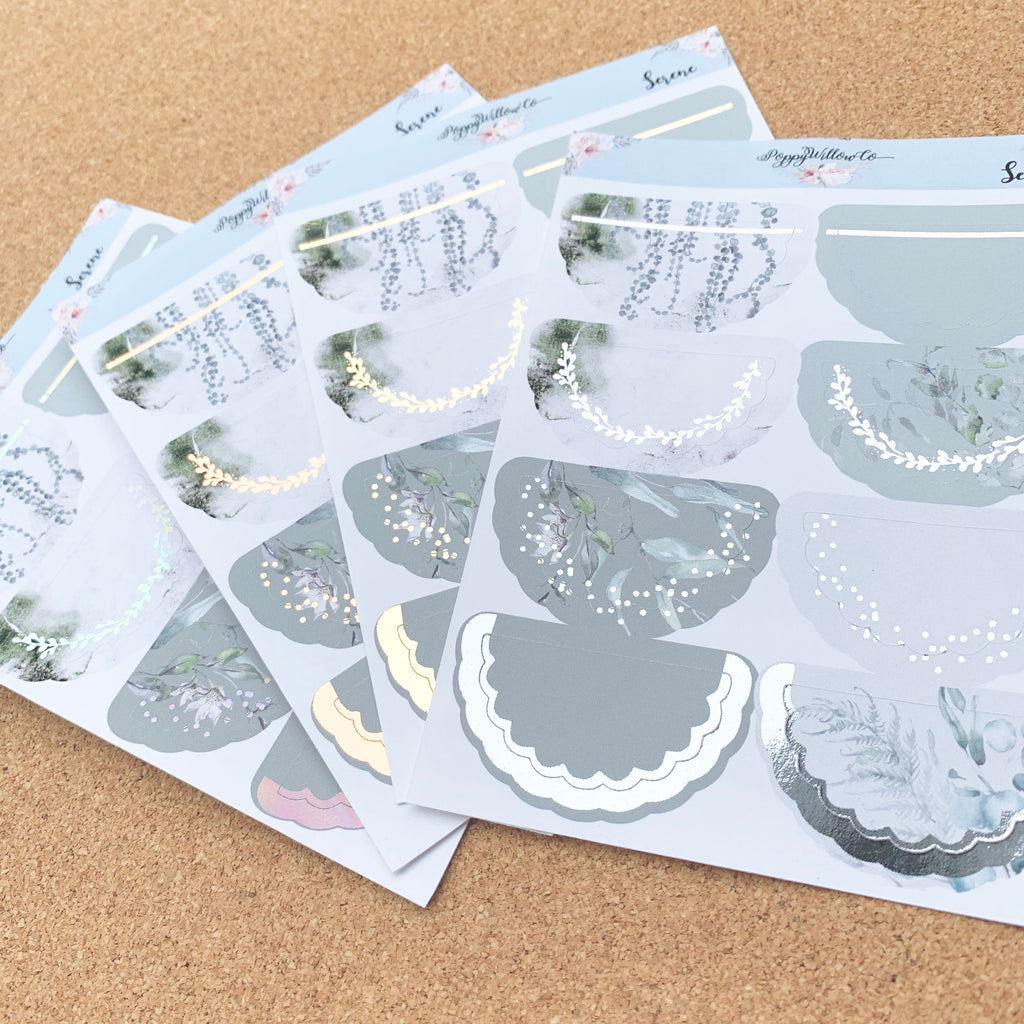 Serene Foiled Scallop Doilies