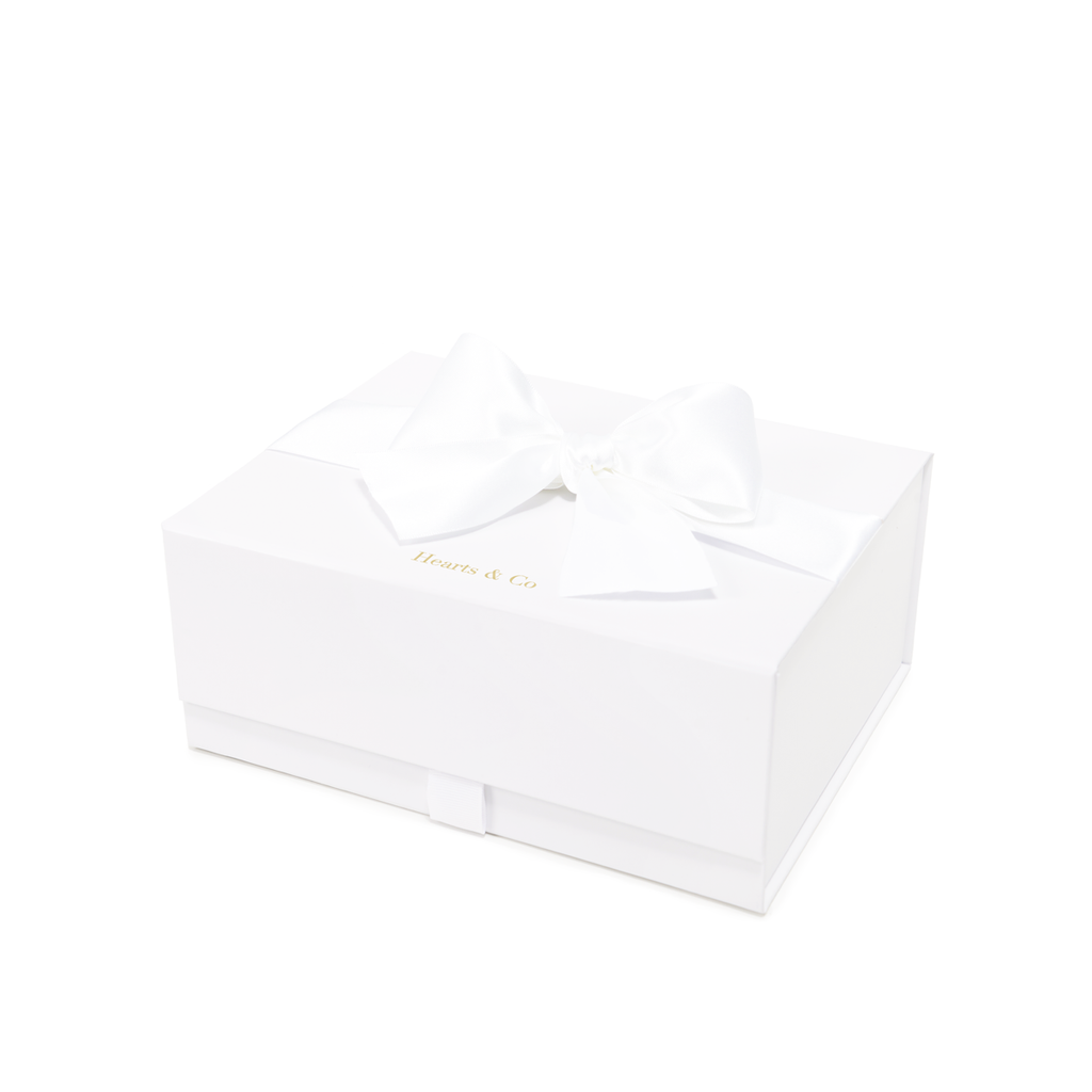 Small Hearts & Co Medium White Snap Shut Gift Box