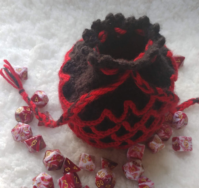 Pattern Reviews: Dragonscale Dice Bag