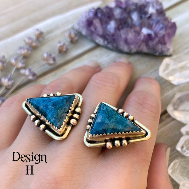 Made-to-order double triangle ring