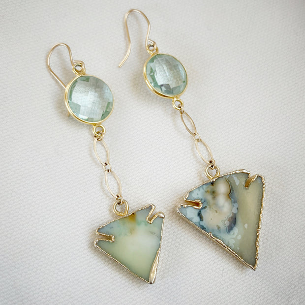 Reversible gold-plated earrings with agate druzy arrowhead and aqua quartz
