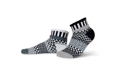 Midnight Adult Quarter Solmate Socks