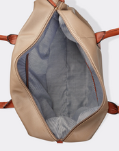 Load image into Gallery viewer, Alexis Travel Bag Nude Pink