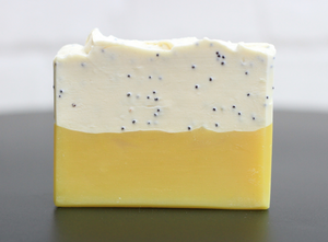 HanCrafted by Hannah Lemon & Poppy Seed Soap