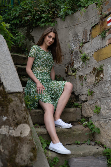 Sieťkové šaty Green Collection