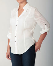 Load image into Gallery viewer, 3/4 Sleeve Snap Blouse White