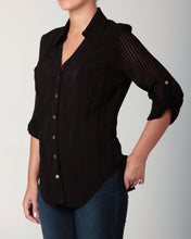 Load image into Gallery viewer, 3/4 Sleeve Snap Blouse Black