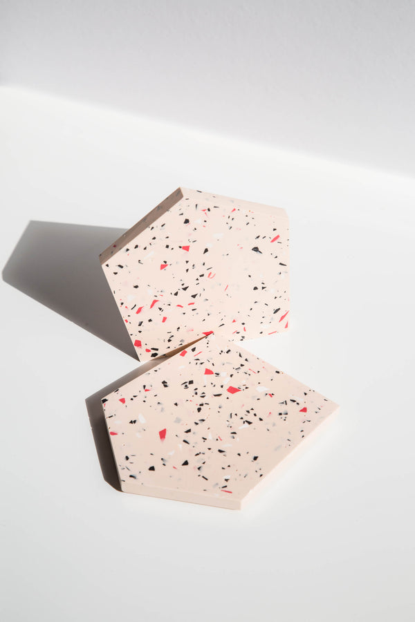 Set of two plates - light salmon base color + red/white/black freckles