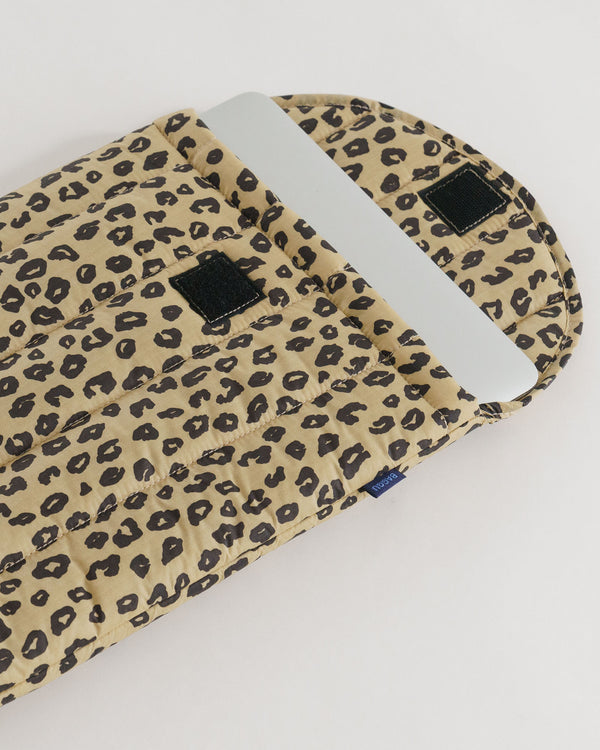 "Baggu puffy laptop sleeve 13"" - leopard honey"