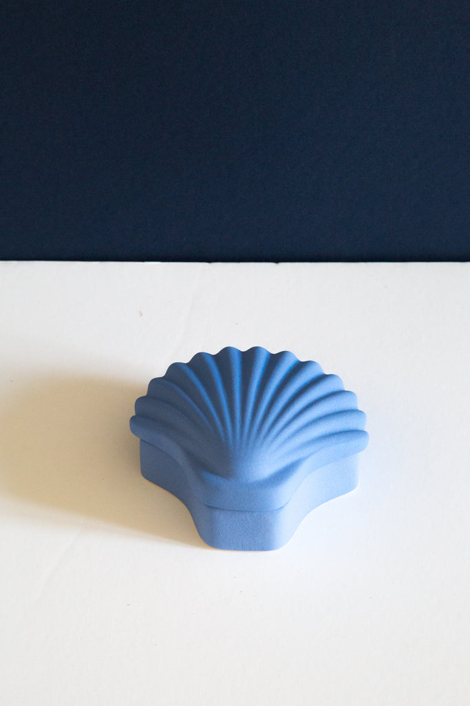 Ceramic Seashell Box in cobalt blue