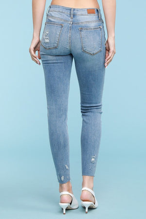 Judy Blue Raw Hem Distressed Jean (Curvy)