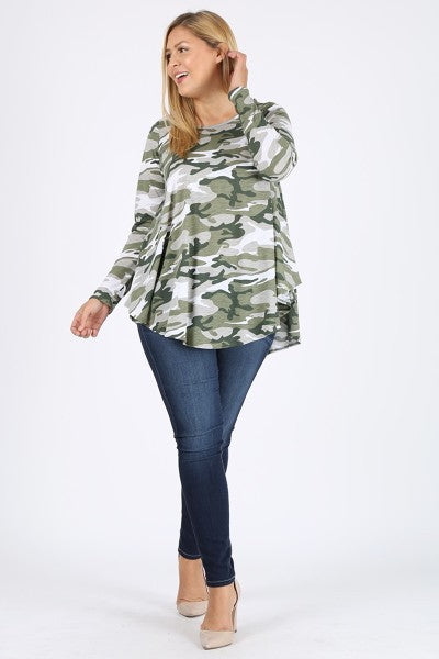 Camo 3/4 Long-Sleeved Top (Curvy)