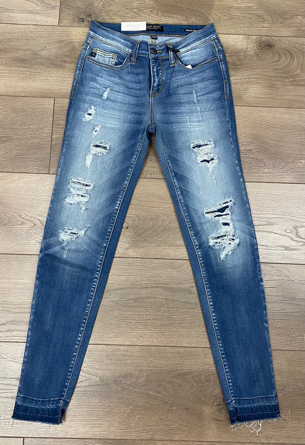 Judy Blue Medium Wash Distressed Jeans