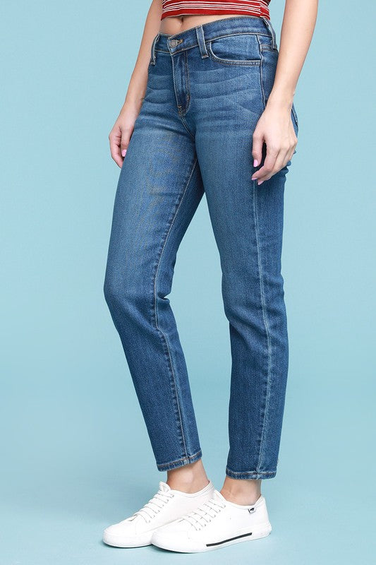 Judy Blue Medium Wash Mom Jeans