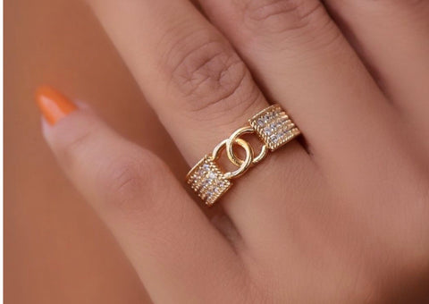 CHIC RING | 18K Gold Plated
