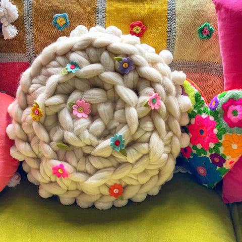 Giant Crochet Cushion / Extreme Crochet Cushion using Wool Tops