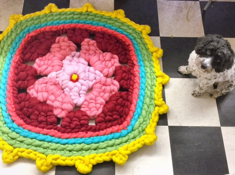 "Granny Square Rug from ""Easy Stuff to Make with Fluff"""