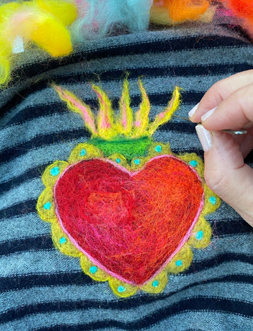 upcycling with needle felting and wool : patch-o-wool