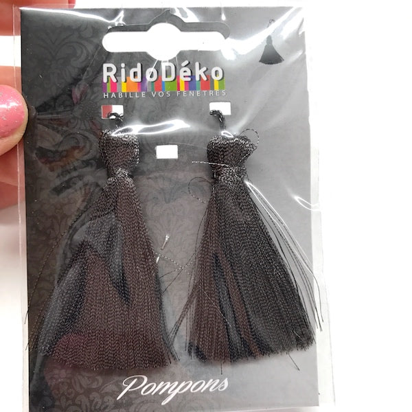 2 x Metallic Tassel 5.5cm Dark Grey 100