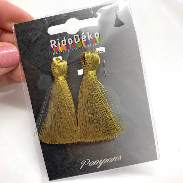 2 x Metallic Tassel 5.5cm Old Gold 103