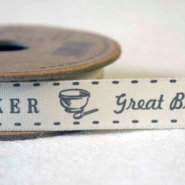 Great British Baker ribbon 15mm - Natural/Grey