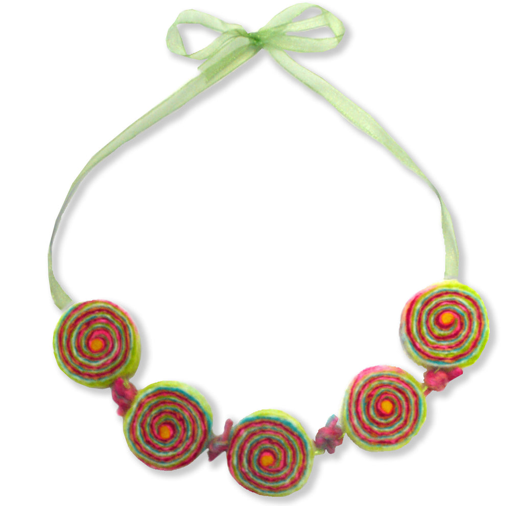 Bonbon Bagatelle Kids Necklace Felting Kit