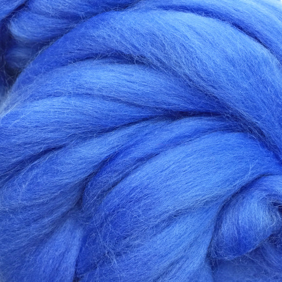 100g Cornflower Merino wool tops for felting & giant knitting