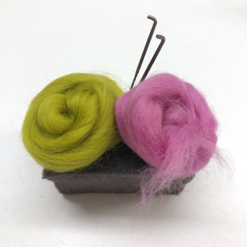PATCH-O-WOOL : Breathe New Life Into Your Woolly Clothes - Needle Felting Kit