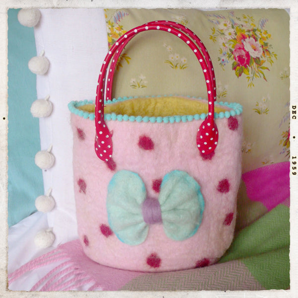 COMPLETE Fancy Nancy Bag Felting Kit