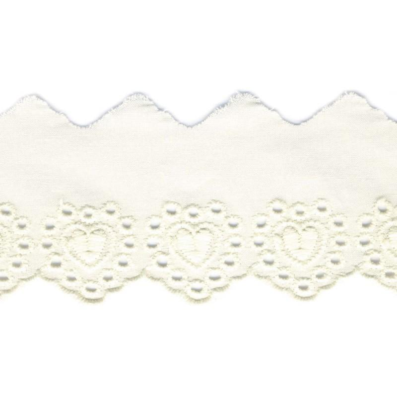Heart Embroidery Anglaise 53mm Scalloped Ecru 51