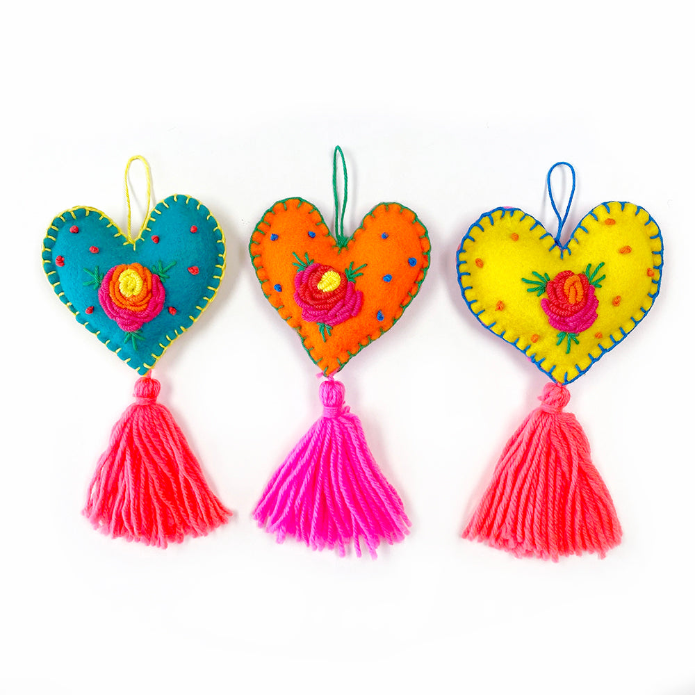 LOVE Hearts : Mexican Hanging Hearts Kit