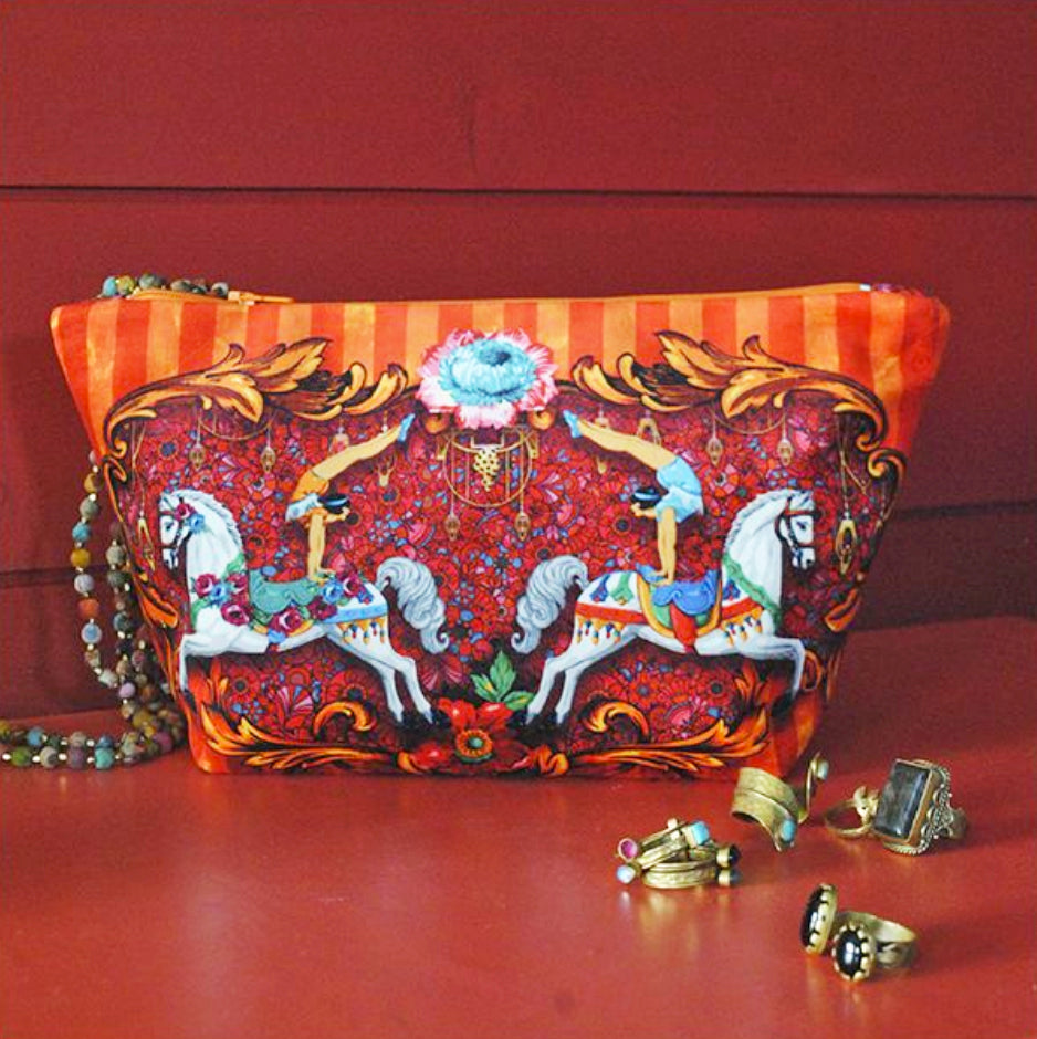 Velvet Pouch Sewing Kit : Circus