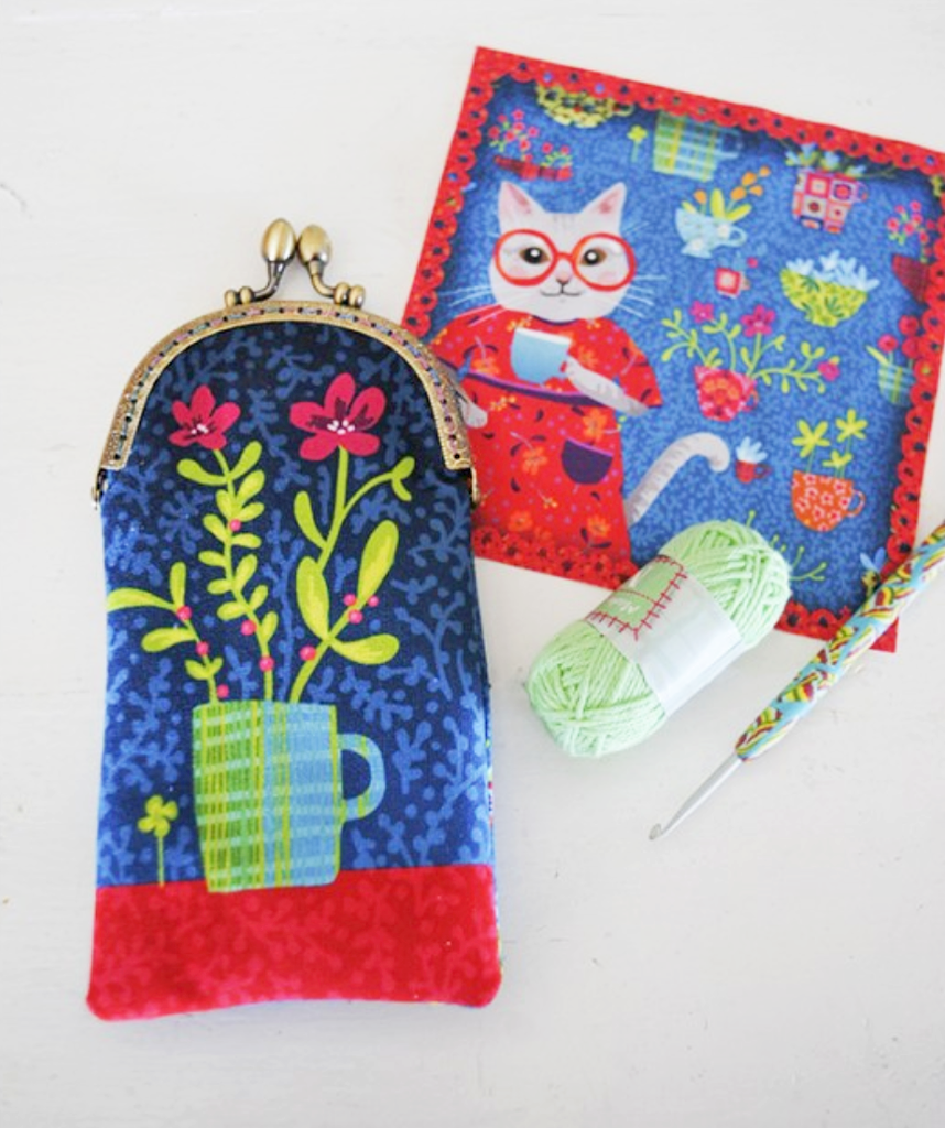 Velvet Glasses Case Sewing Kit : Cups